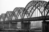 The Gerola iron bridge on the Po river, Lombardy (Province of Pavia). Black and white photo — Stock Photo