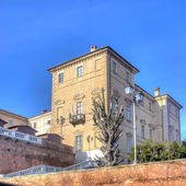 Castle of Govone, Cuneo (Piedmont, Northern Italy) Langhe hilly region. Color photo — Stock Photo