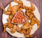 BBQ Chicken Wings with sauce — Stock Photo