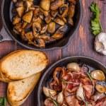 Fried mushrooms with bacon, garlic, rosemary — Stock Photo #67480067