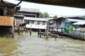 Flooding in Thailand, at home on the river — Stock Photo