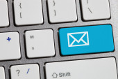 E-mail envelope in a computer key  — Stock Photo