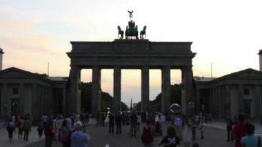 La puerta de brandenburgo - berlín — Vídeo de Stock