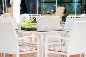 White Chairs And Table In Restaurant — Stock Photo