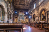 Interior of the Chiesa di Ognissanti is a church in Florence — Stockfoto