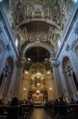 Interior of theSanta Maria del Carmine in Florence, Italy. — Stock Photo