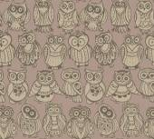 Vector seamless pattern with cute colorful owls. — Stock Vector