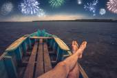 Firework at the night sky — Stock Photo