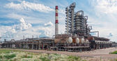 Oil refinery, processing plant — Stock Photo