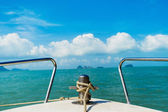 A view from the fore at a travel by boat at a blue beautiful sea — Stock Photo