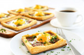 Savoury egg and chorizo pastry — Stock Photo