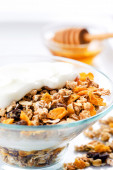 Delicious bowl of breakfast cereal — Stock Photo