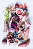 Assorted purple toned fruits and vegetables as a collection  — Stock Photo