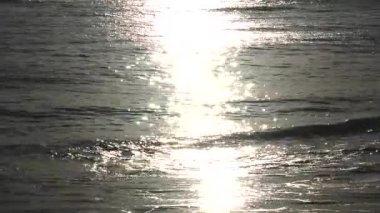 Sun reflecting off the sea — Stock Video