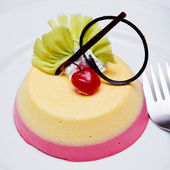Desserts: close-up of a fancy cake — Stock Photo