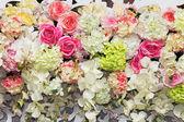 çiçekler çok güzel arka plan düğün sahnesi — Stok fotoğraf