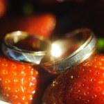 Wedding rings — Stock Photo #71388803
