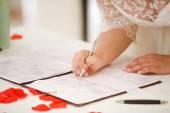 Certificado de matrimonio novia signos — Foto de Stock