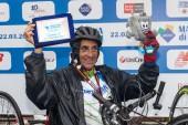 Fabrizio Bove, the race runner-hand bikes. — Stock Photo