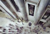 People walking inside British Museum — Stock Photo