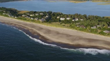 Aerial view of Salishan Spit — Stock Video