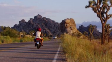 Motorcycle on highway — Stock Video