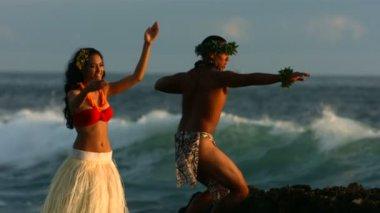 Dancers perform by ocean — Stock Video
