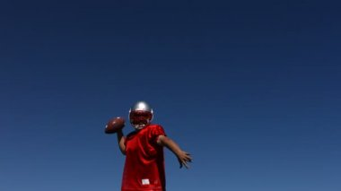 Football player jumps in air — Stock Video