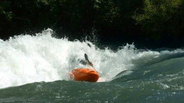 Kayaking in white water — Stock video
