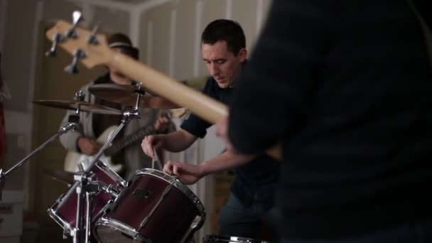 Retrato de la banda de garage — Vídeo de stock