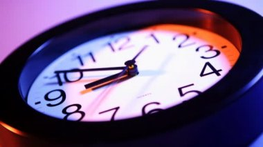 Black wall clock — Stock Video