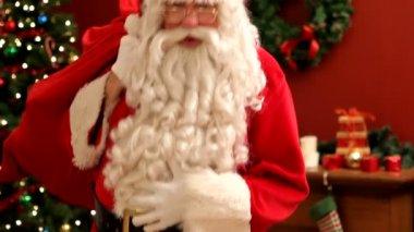 Santa Claus says ho-ho-ho — Stock Video