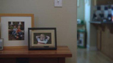 Framed family photos — Stock Video