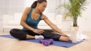 Woman stretching at home — Stock Video