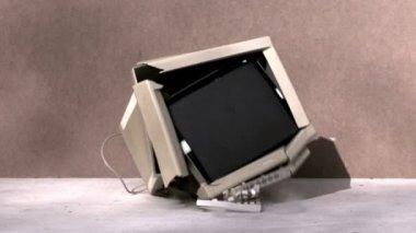Computer monitor smashing — Stock Video