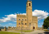 The public monument to visit the Castle of Poppi, — Stock Photo