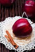 Red gloss apple — Stock Photo