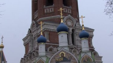 Domes and crosses on church Russia — Stock Video