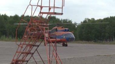Helicopter aerodrome — Stock Video