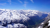 Landscape of Titlis snow mountains valley — Stock Photo