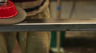 Man Polishing Steel — Wideo stockowe