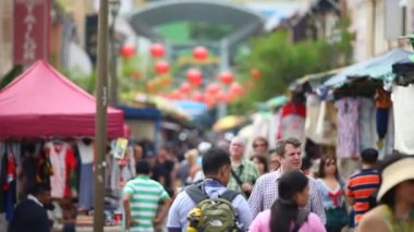 Tourists walking on street — Stock Video