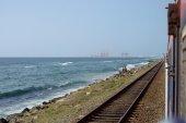 Train Arriving  to Beach — Stock Photo