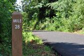 Mile marker along a walking, biking, and jogging path — Stock Photo