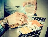 Businesswoman drinks drugs, woman drinks drugs, — Stock Photo