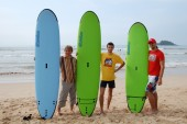 Colombo, Sri Lanka and January 17.2014: Goofy SURF CAMP, surf, charging WORKOUT — Foto de Stock