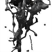 Splash van zwarte stookolie — Stockfoto