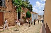 Tourists in Trinidad, Cuba  on May 3, 2014. — Stock Photo