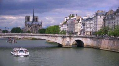 Riverboats travels under bridges — Stock Video