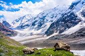 Big mountains — Stock Photo